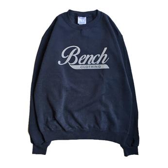 BENCH / LOGO CREW NECK (NAVY)