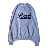BENCH / LOGO CREW NECK (GREY)