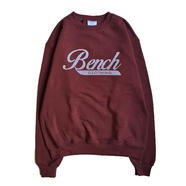 BENCH / LOGO CREW NECK (MAROON)