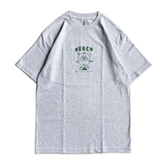 BENCH / URIBO TEE (SILVER GREY)